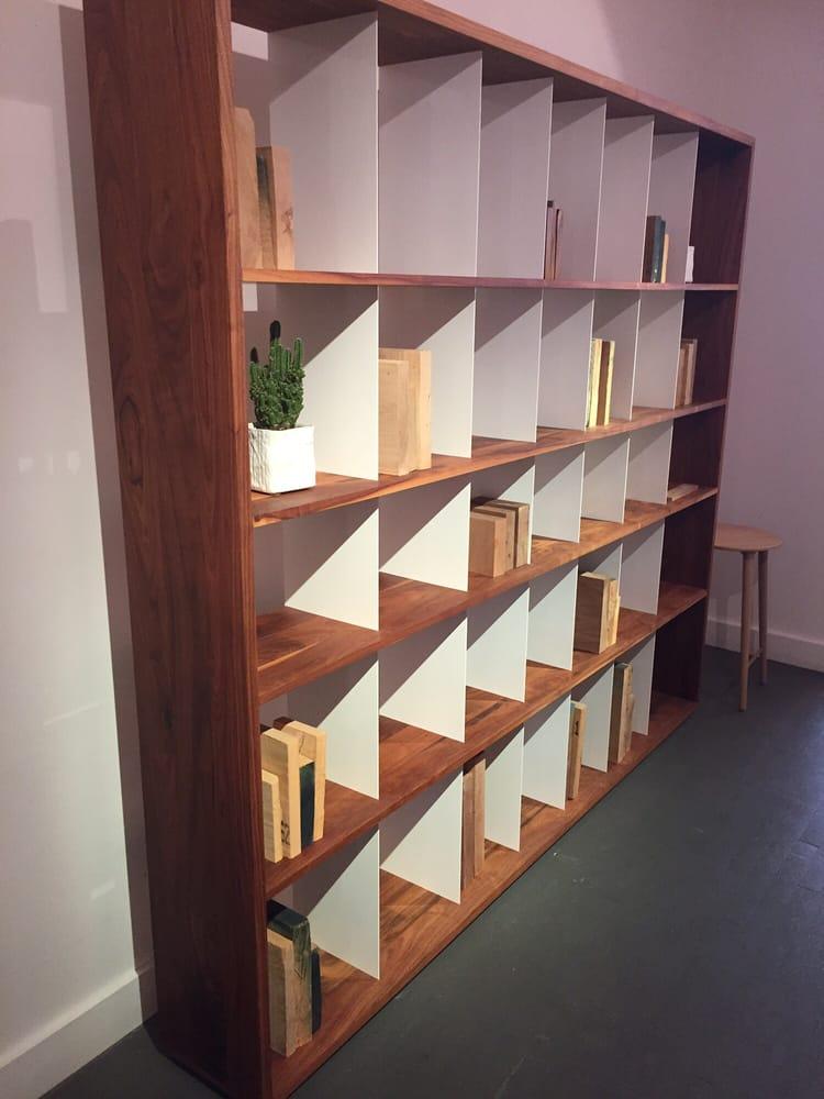 Kastella magasins de meubles 5355 boulevard saint for Boutique meuble rue st laurent montreal