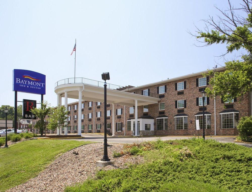 Baymont by Wyndham Jefferson City: 319 W Miller St, Jefferson City, MO
