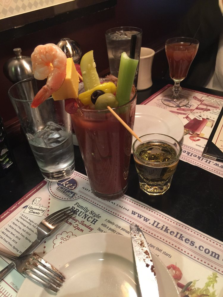 Ike S Food Cocktails Minneapolis Mn