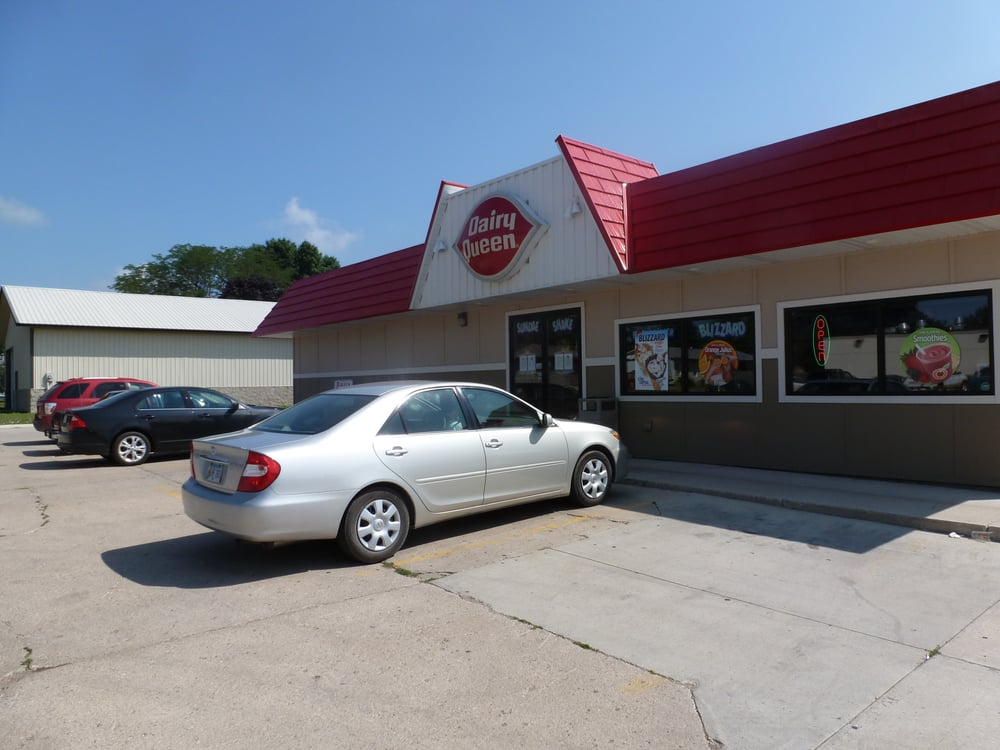 Dairy Queen: 1703 Central Ave, Estherville, IA