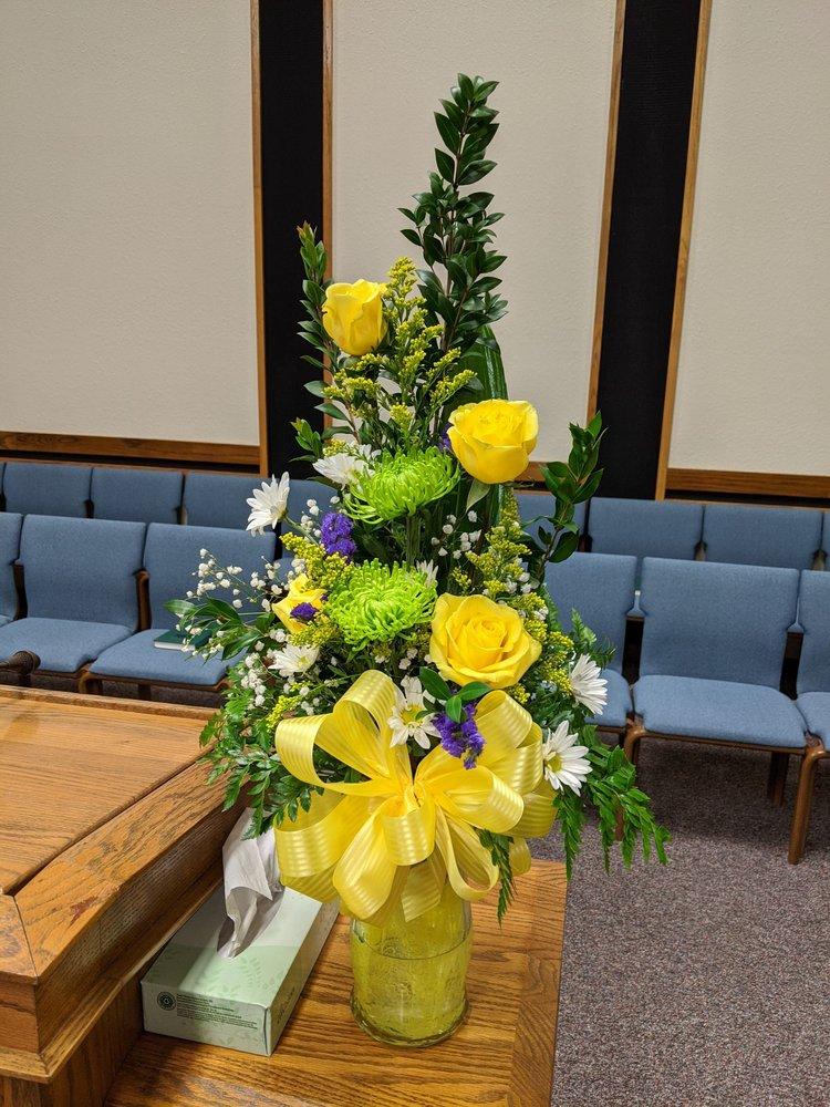 Caspian Flowers & Gifts: 100 W Industrial Park Rd, Harrison, AR