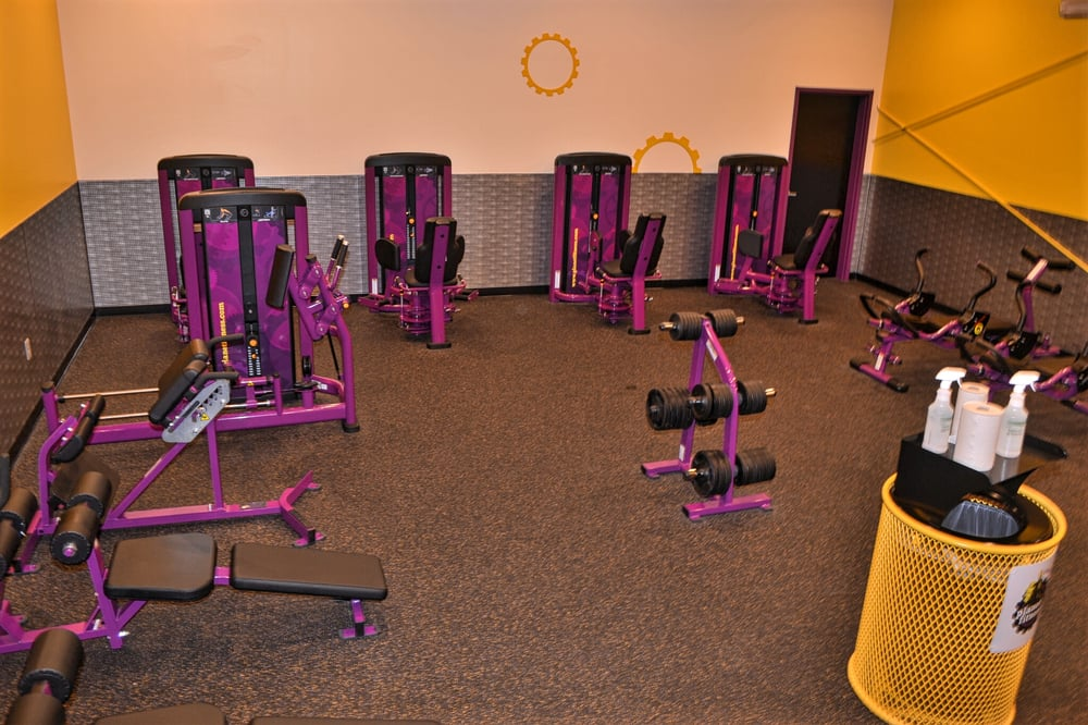 Planet Fitness Turlock 21 Photos 31 Reviews Gyms 1360 W