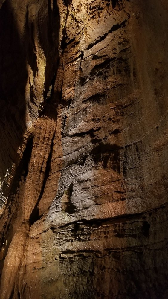 Bluff Dwellers Cave: 163 Cave Rd, Noel, MO