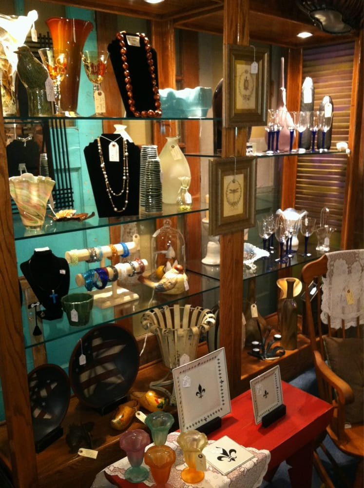 Beauweevils Antiques: 205 N Main St, Winnsboro, TX