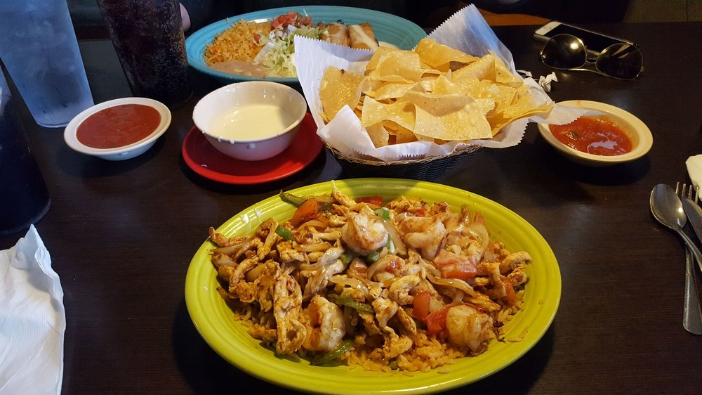 Food from El Acapulco
