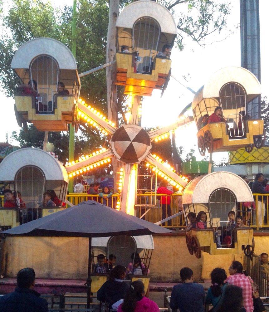 La feria 15 fotos parque de atracciones circuito for Feria del mueble de yecla