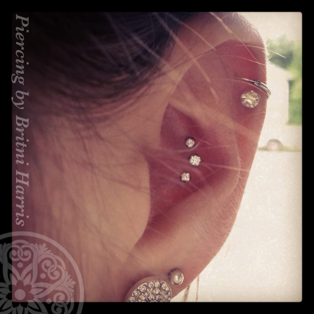 Triple conch piercing done with neometal pushpins with for Tattoo shops in beaverton
