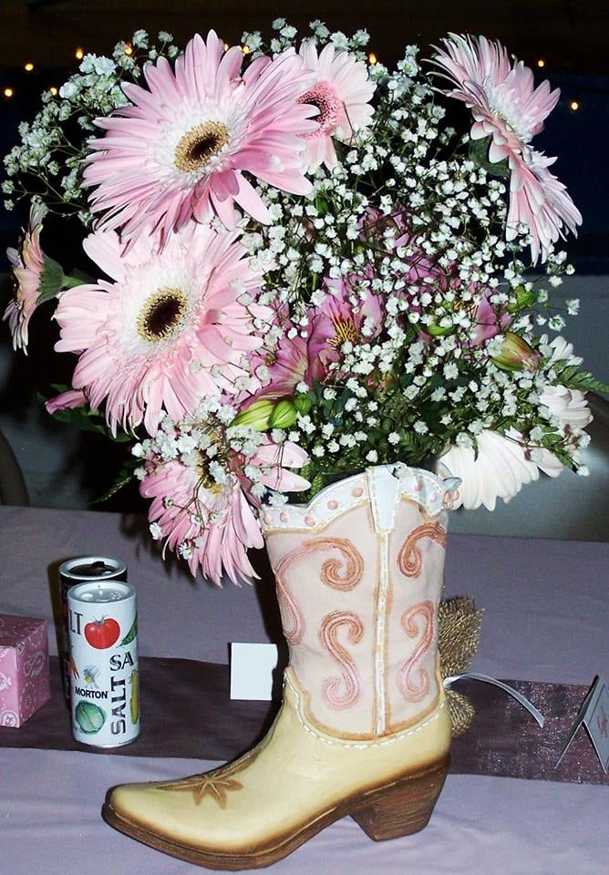 Norma's Floral: 445 W Hwy 441, Dove Creek, CO