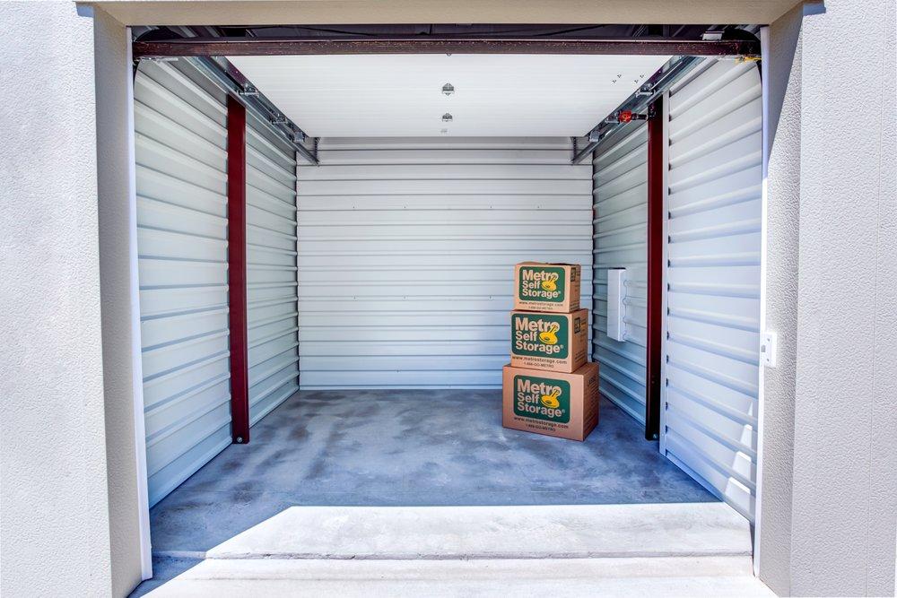 Metro Self Storage: 2021 Waukegan Rd, Deerfield, IL