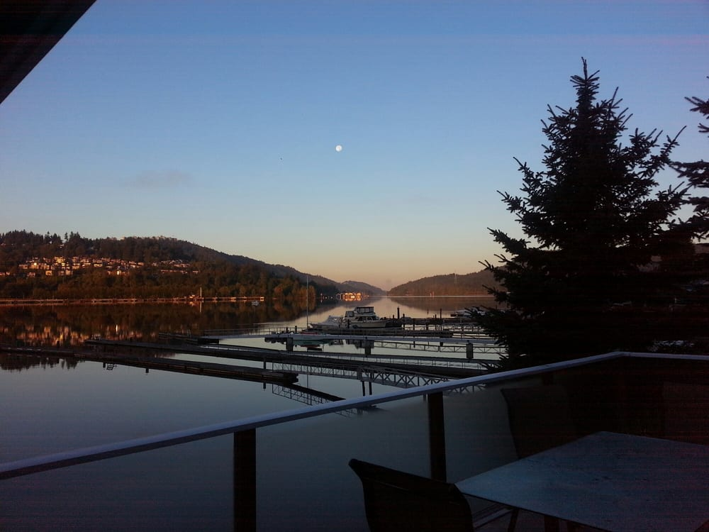 At The Beach Bed And Breakfast Port Moody