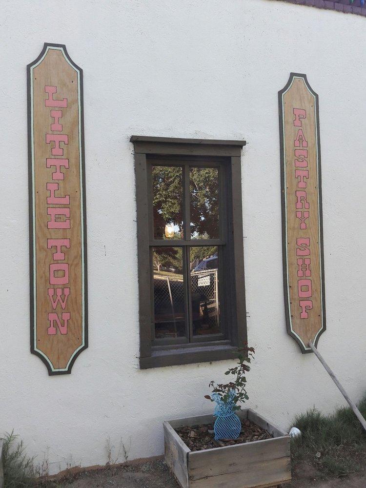Little Town Pastry Shop: San Elizario, TX