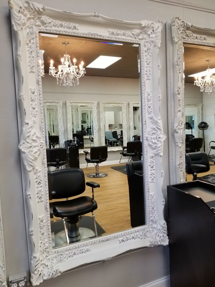 Lavish Hair Studio: 993 West Will Rogers Blvd, Claremore, OK