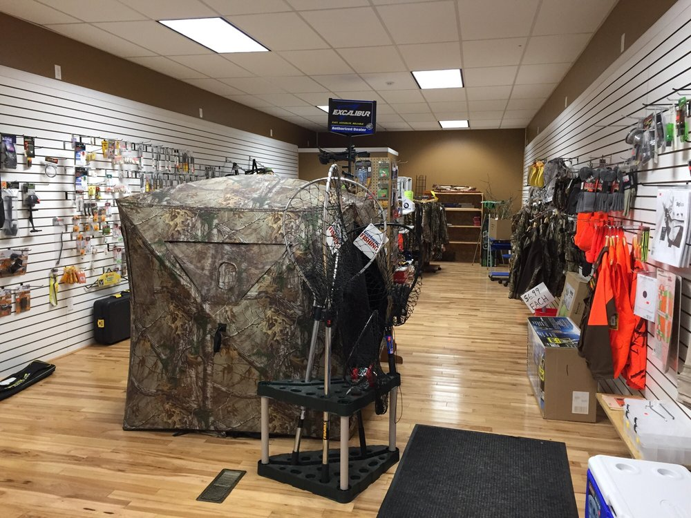 Northwood's Sporting Goods: 120 Quincy St, Hancock, MI