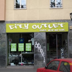 City Outlet - Schuhe - via vittorio veneto, 20, Palestro, Mailand ...