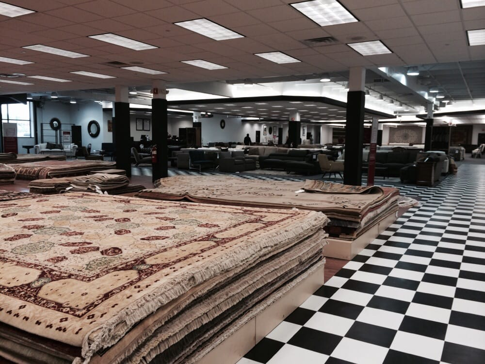 Bloomingdale\'s Furniture Outlet - 34 reseñas - Tiendas de muebles ...