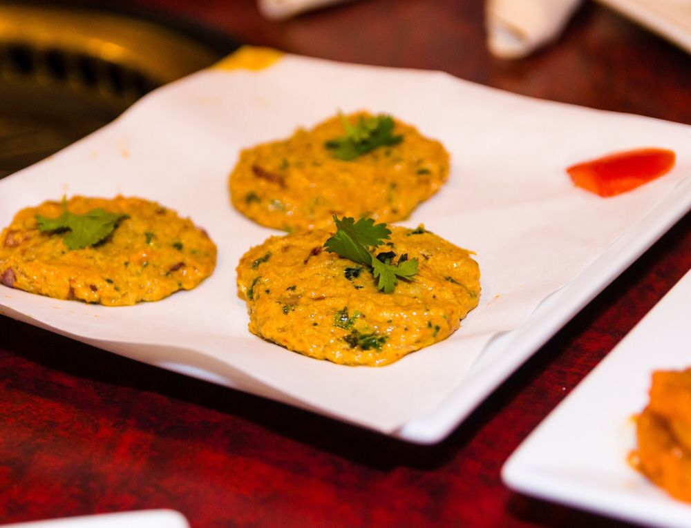 Zaika Indian Cuisine: 14134 W Center Rd, Omaha, NE