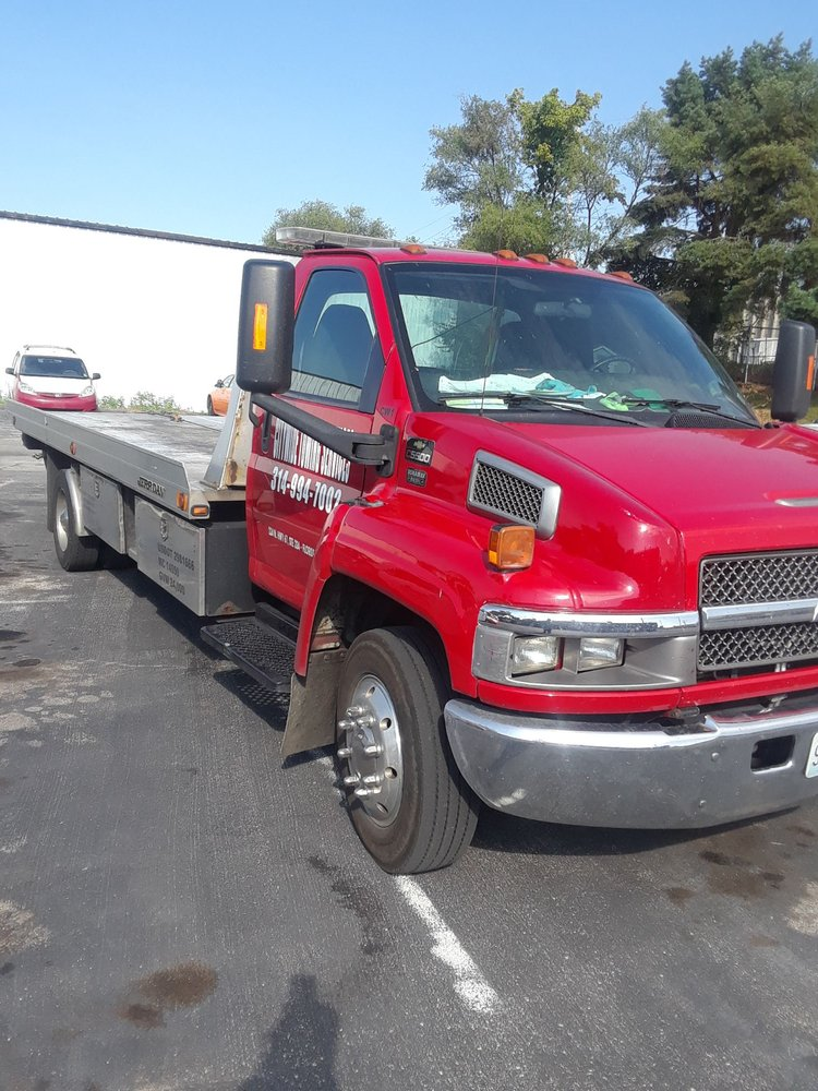 City Wide 24 Hour Towing Services: 224 N Highway 67 St, Florissant, MO