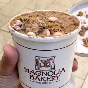 Photo of Magnolia Bakery Chicago   Chicago  IL  United States  S mores. Magnolia Bakery Chicago   915 Photos   920 Reviews   Bakeries