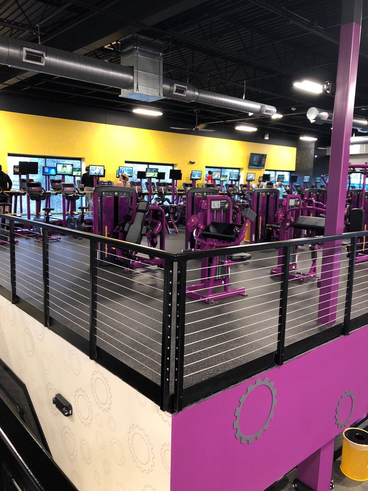 Planet Fitness: 35015 Chester Rd, Avon, OH