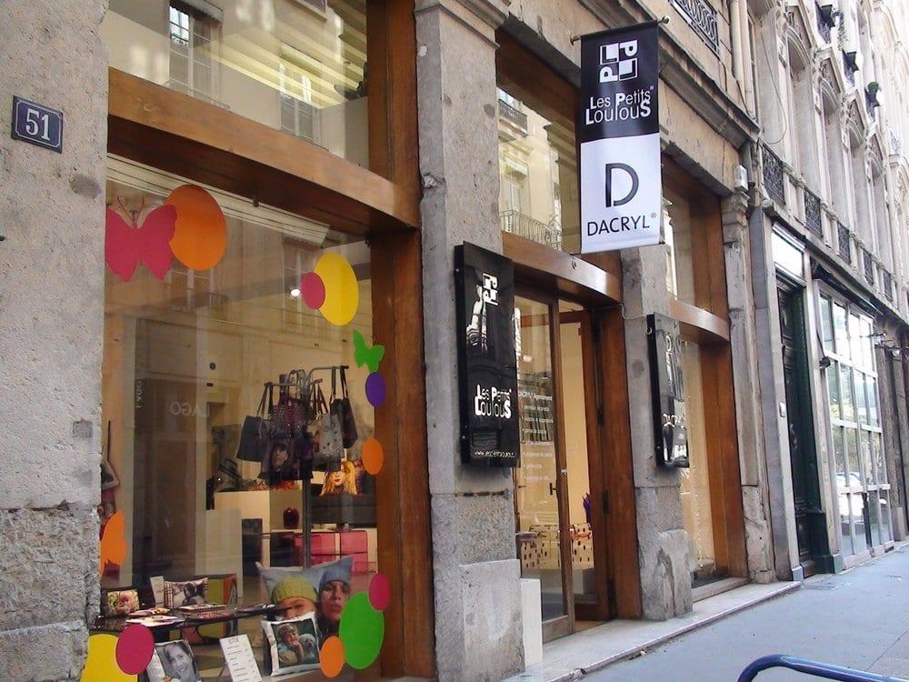 les petits loulous magasin de photo 51 rue auguste comte ainay lyon num ro de t l phone. Black Bedroom Furniture Sets. Home Design Ideas