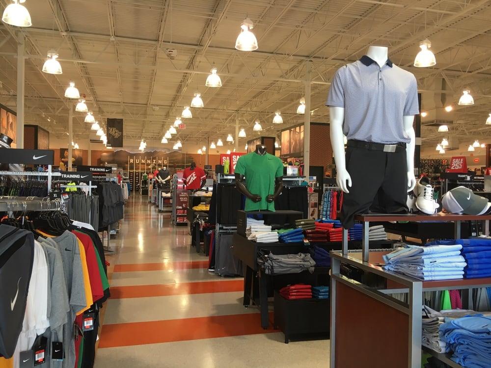DICK'S Sporting Goods: 1100 Alafaya Trl, Orlando, FL