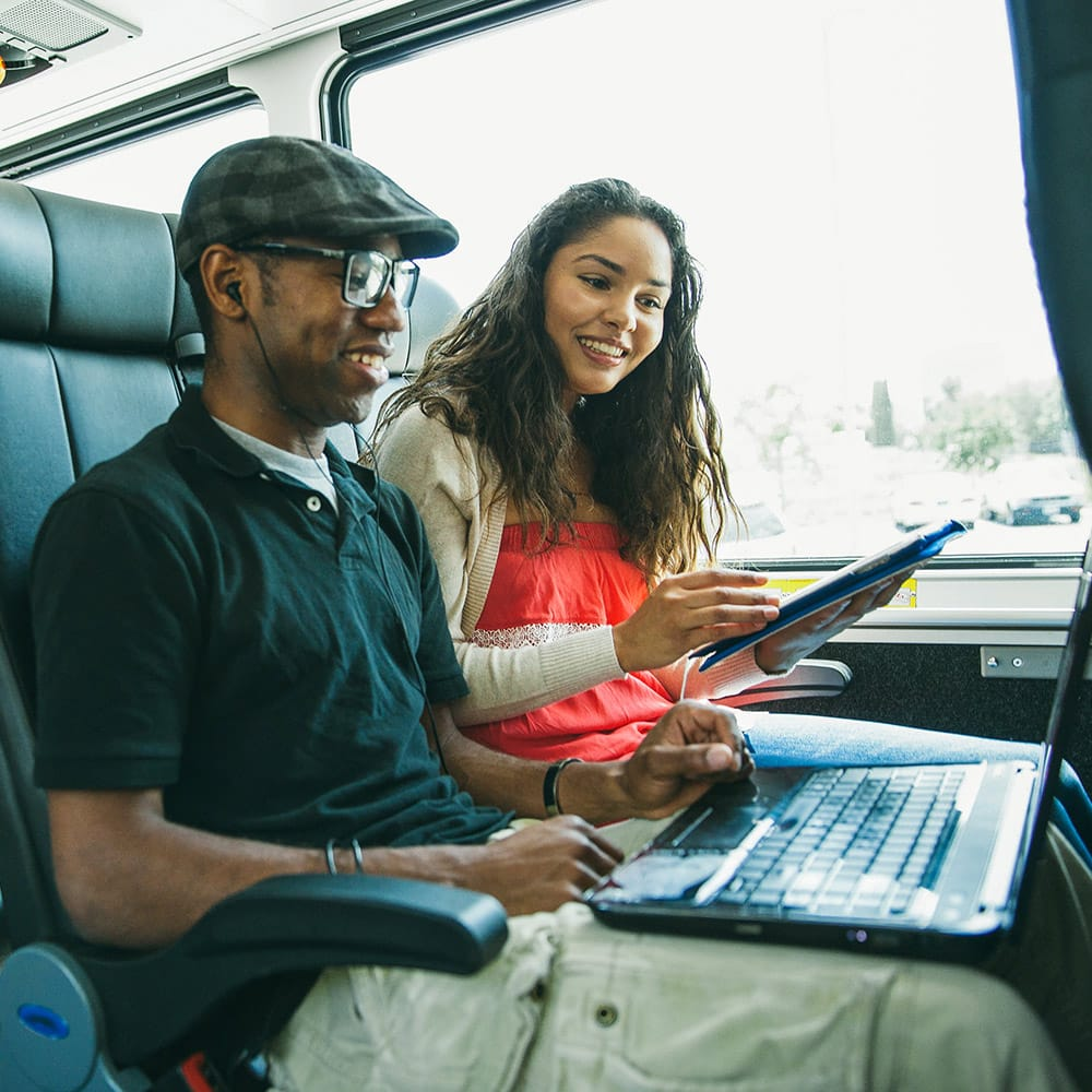 Greyhound Bus Lines: 2015 Gervais St, Columbia, SC
