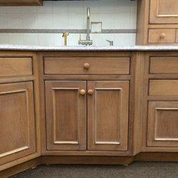 Distinctive Kitchens & Bath - Get Quote - Contractors - 241 Cedar ...