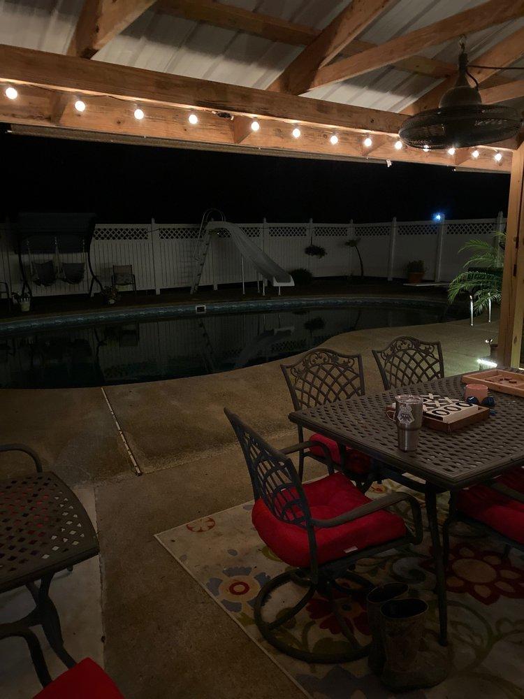Cavanaugh Pool, Spa & Patio: 951 National Mine Dr, Madisonville, KY