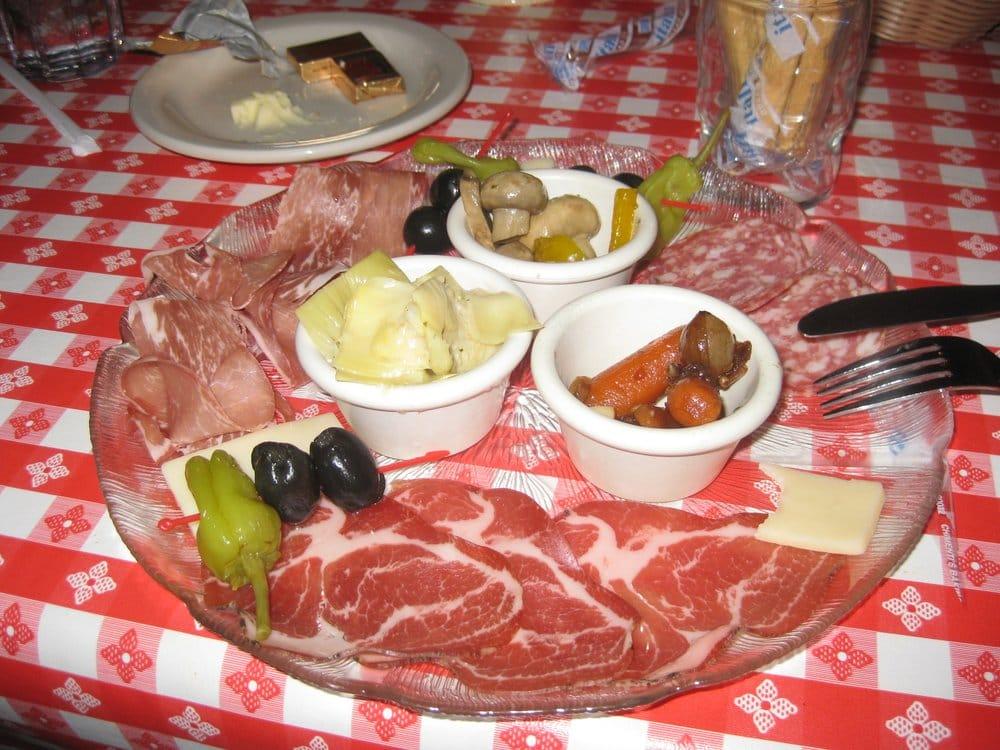 Vinces Italian Restaurant & Pizzeria | 32411 Pacific Highway S, Federal Way, WA, 98003 | +1 (253) 839-1496
