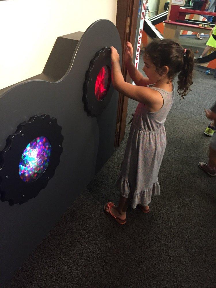 Curious Kids' Museum: 415 Lake Blvd, Saint Joseph, MI
