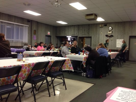 Vfw lokale serviceydelser 117 s 1st st west dundee for Vfw fish fry