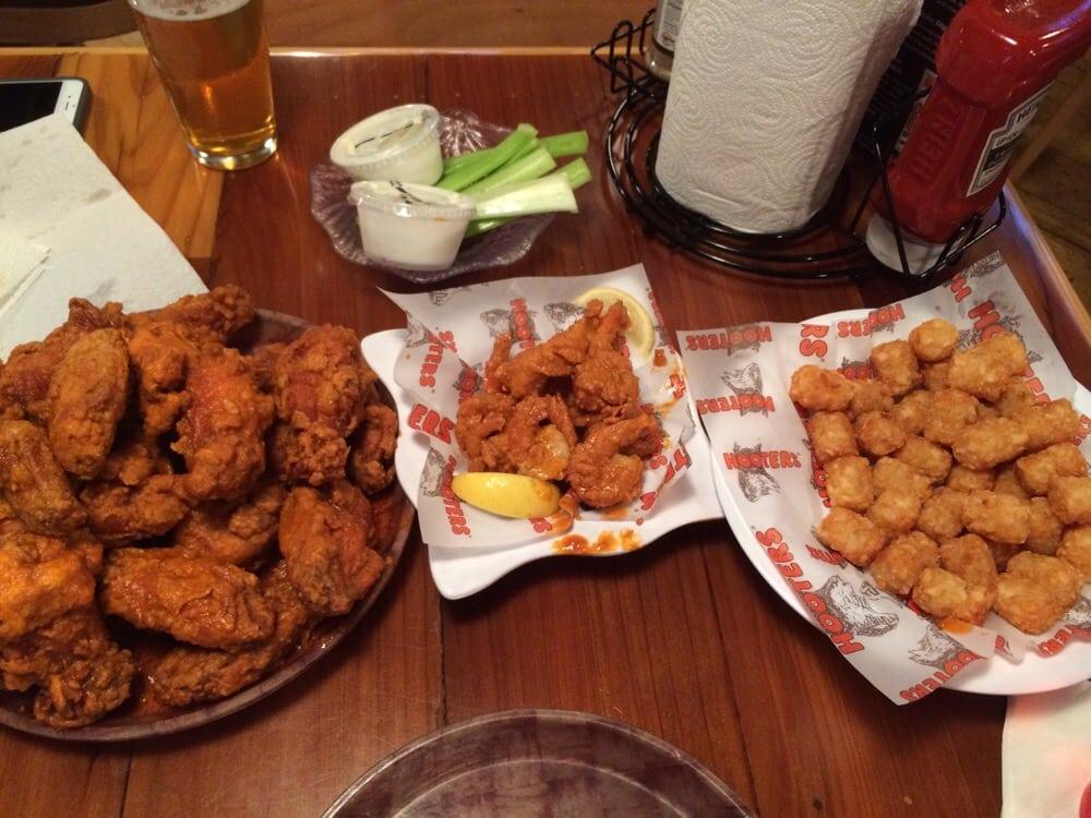 Hot Wings Hot Shrimp Hot Temp Crispy Tater Tots Yelp