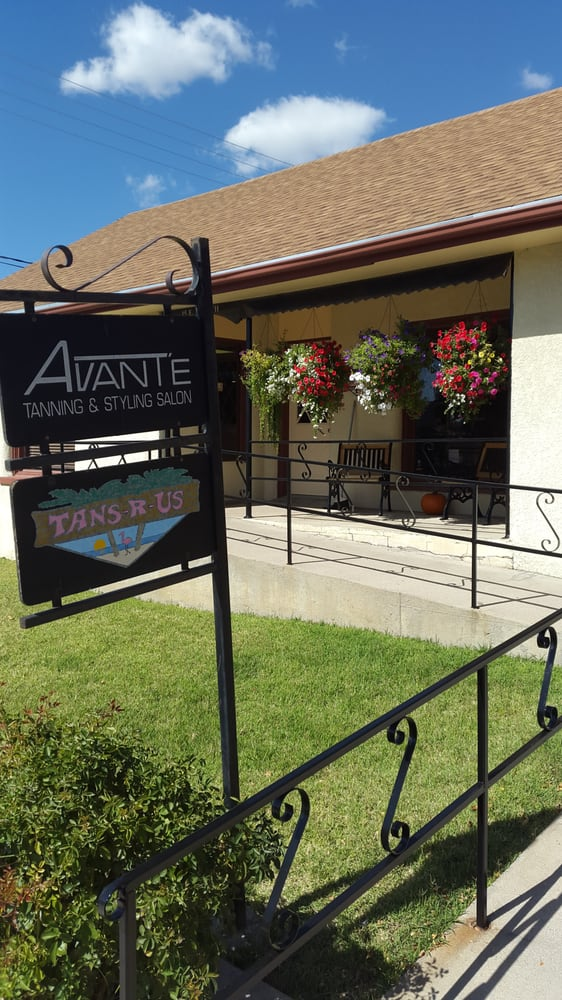Avante Styling & Tanning Salon: 15 E 4th St, La Junta, CO