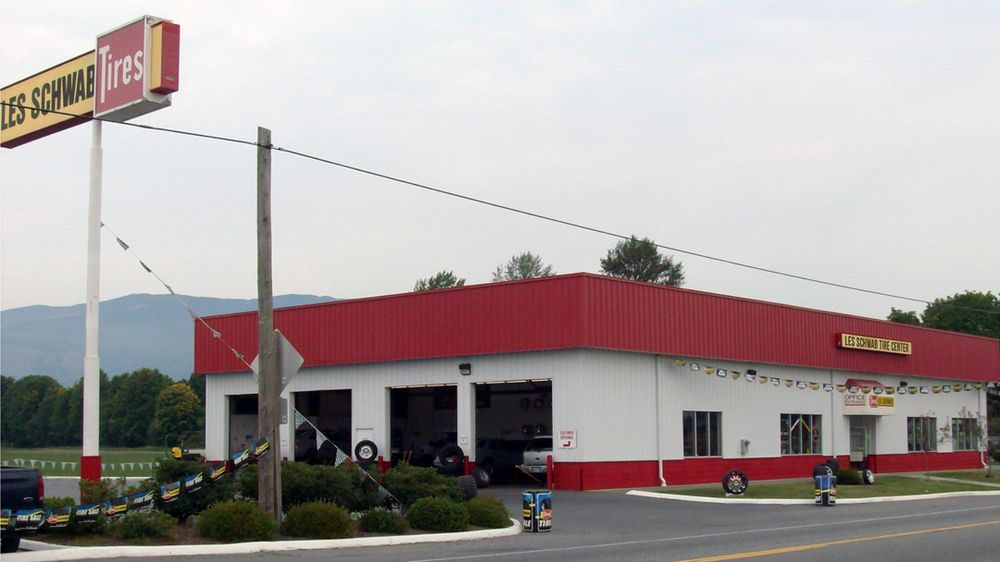 Les Schwab Tire Center: 204 W Moore St, Sedro Woolley, WA