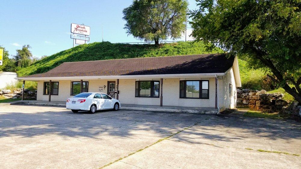 Hudson Realty NWA: 1224 N Main St, Harrison, AR