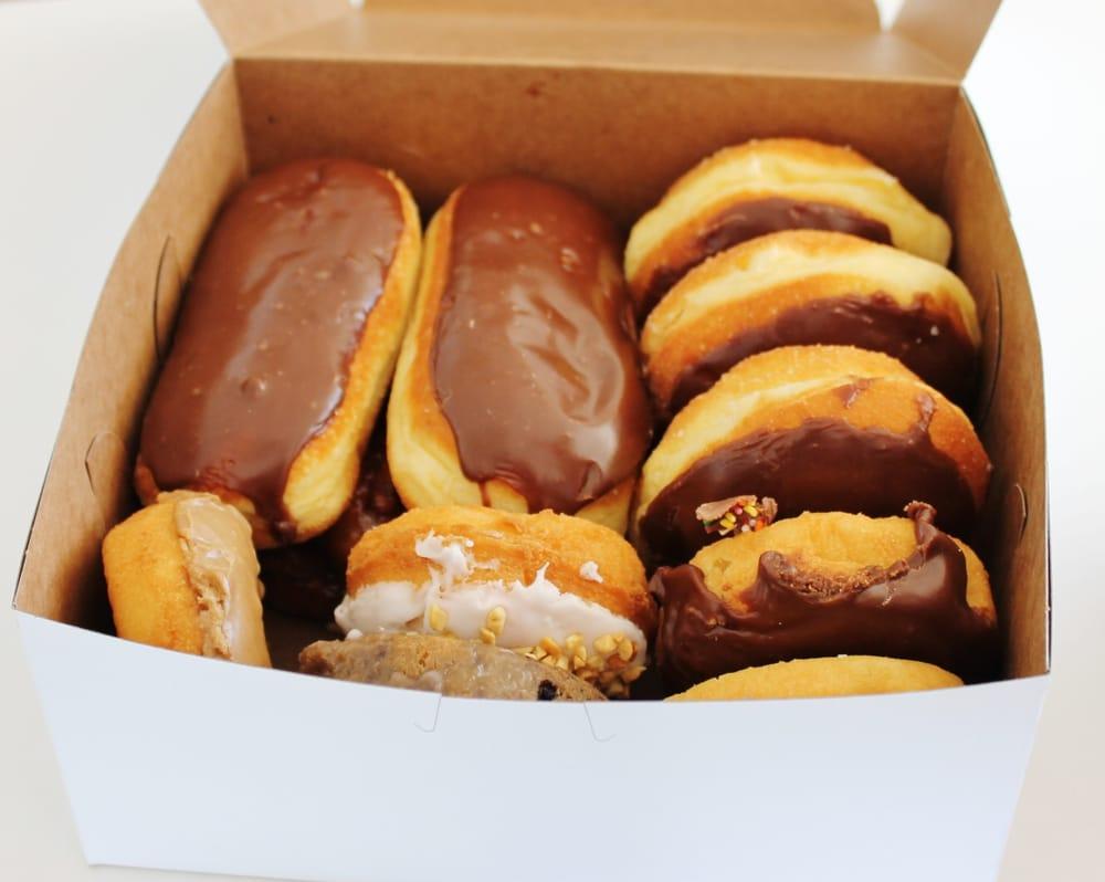 R & S Donuts and Kolache Shop: 1101 East 2nd St, Big Lake, TX
