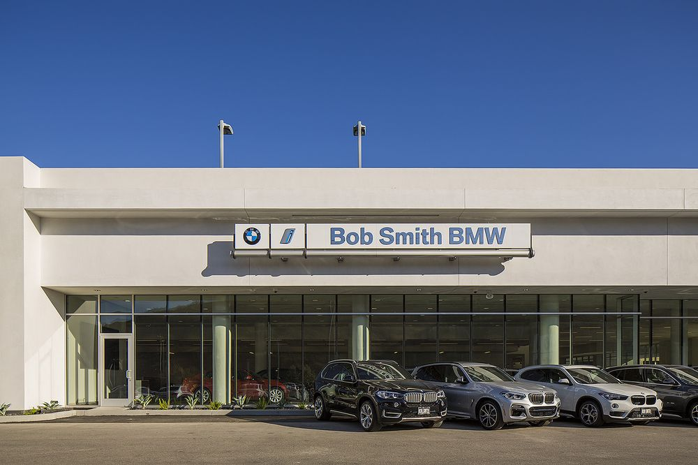 Bob Smith BMW: 24500 Calabasas Rd, Calabasas, CA