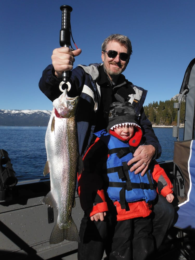 Sierra Fin Addicts Fishing  Charters