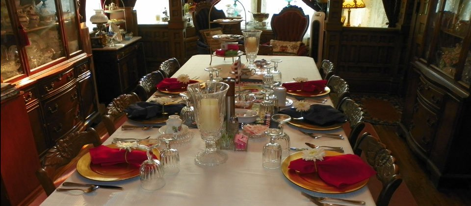 Aunt Daisy's Bed & Breakfast: 223 W Central Blvd, Kewanee, IL