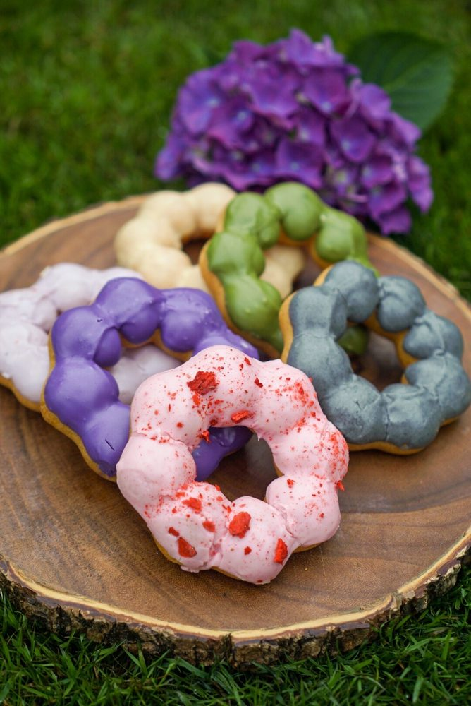 Milkvue Handcrafted Donuts + Coffee: 4901 Point Fosdick Dr, Gig Harbor, WA