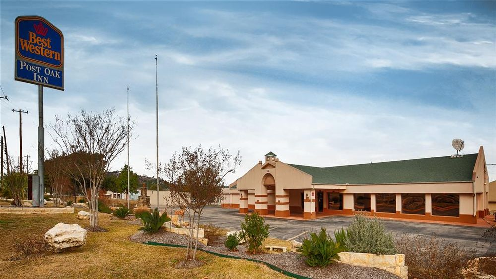 Best Western Post Oak Inn: 908 Buchanan Dr, Burnet, TX