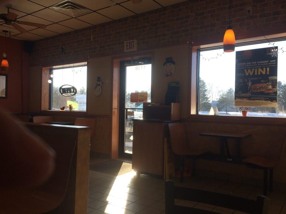 Subway Restaurants: 113B County Road KK, Amherst, WI