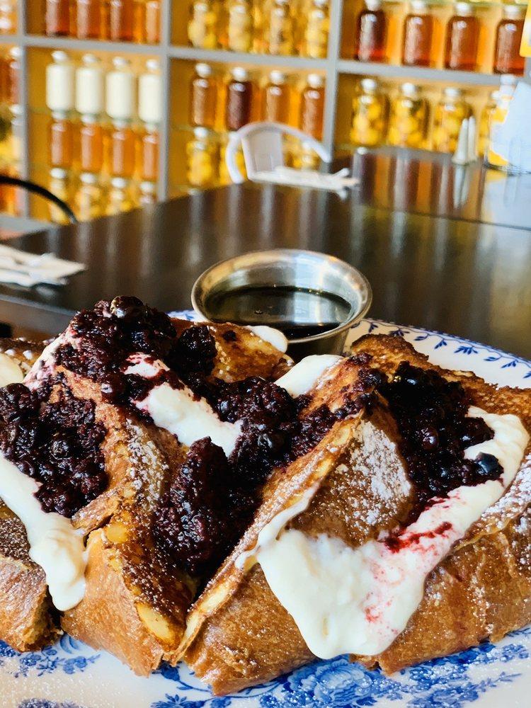 Honey Eatery and Social Club: 317 Sherman Ave, Coeur d'Alene, ID