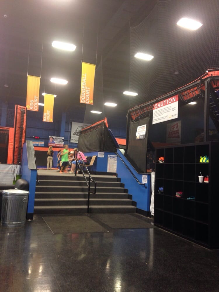 Skyzone: 2510 S US Hwy 27, Clermont, FL