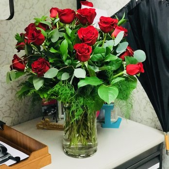 Photo Of Bloomwoods Flowers Columbus Ga United States 2 Dozen Long