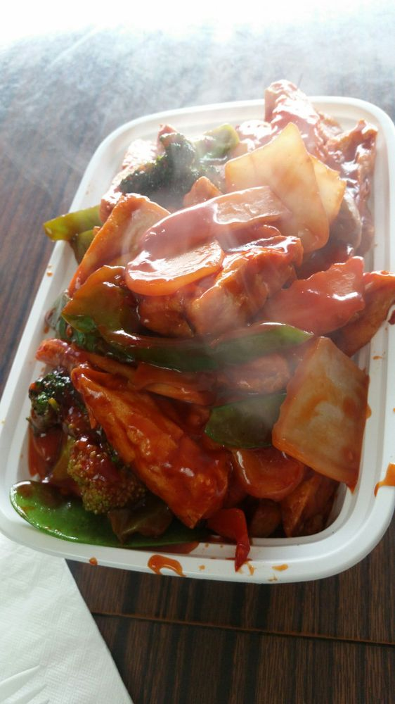 New Dragon Garden Chinese Restaurant: 11824 State Rt 9W, West Coxsackie, NY
