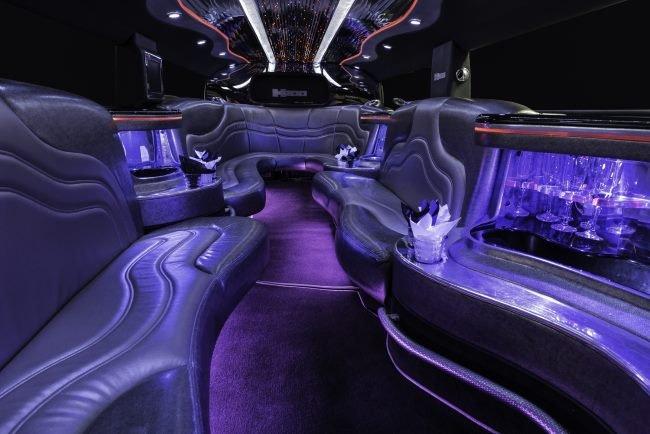 Your Chauffeur Limousine: Cincinnati, OH