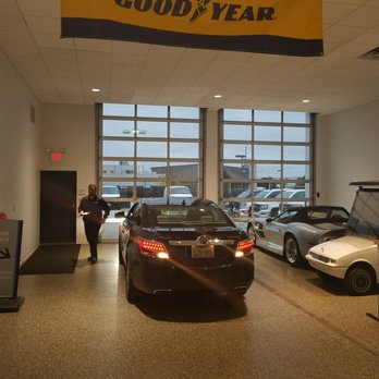 Brookfield, WI - Preowned Vehicles for Sale