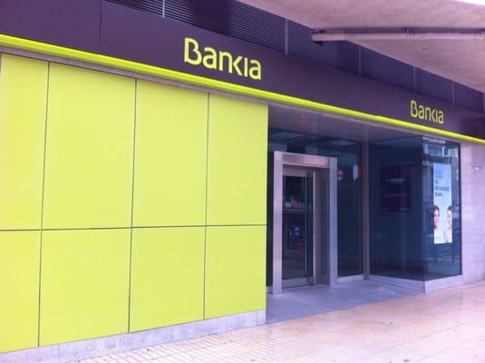 Bankia bancos y cajas avenida de emilio ortu o 14 for Pisos de bancos bankia