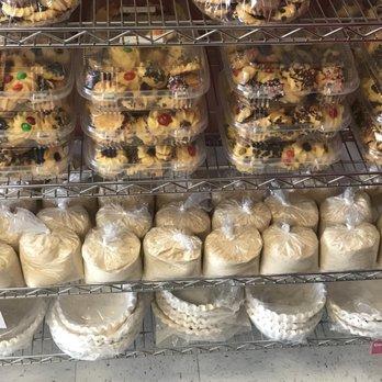 Levittown Cake Bakery